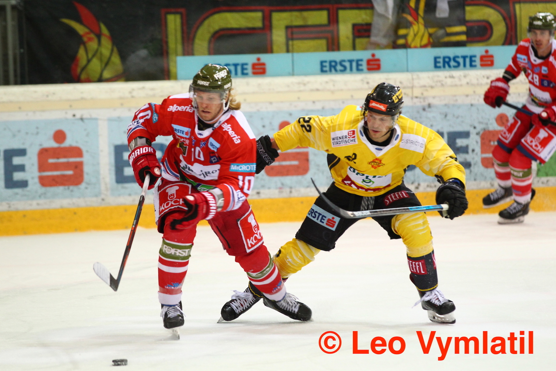 PH VIENNACAPITALS q4d6ck